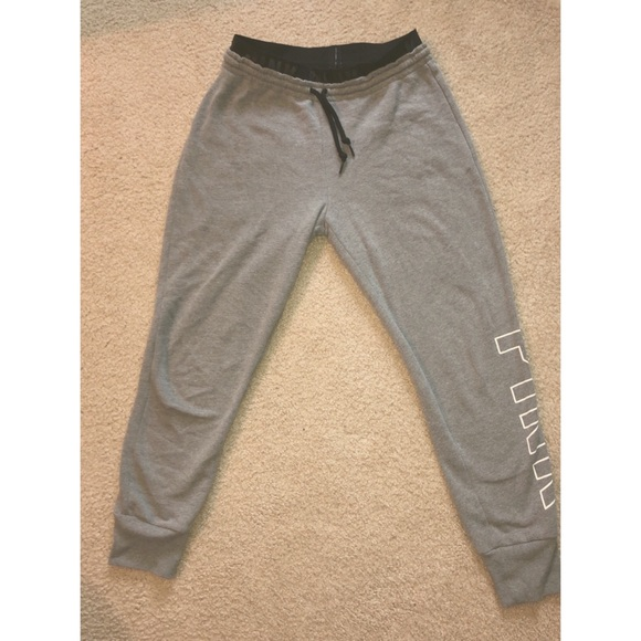 fa824dbf64140 Victoria Secret PINK joggers